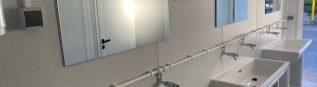 Installation d'un nouveau module sanitaire à l'école